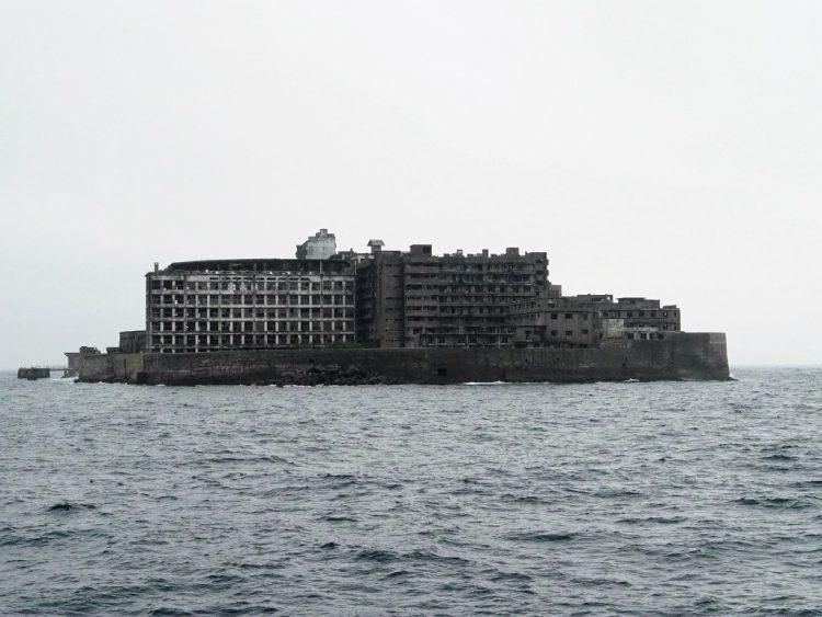 軍艦島住居側